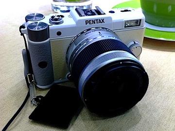 pentaxq_001-tm.jpg